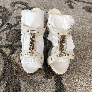 versace gold chain wood heel size 40